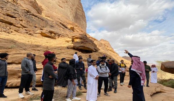 البعثة الأثرية لكلية السياحة والآثار تبدأ جولتها في العلا صحيفة رسالة الجامعة